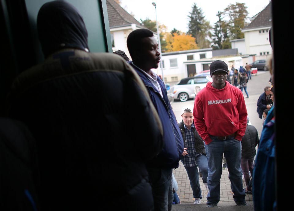 Asylsuchende bei der Tafel