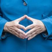 Hände der Bundeskanzlerin: Angela Merkel oder Volkspartei CDU - einer wird gehen Foto:  picture alliance / dpa