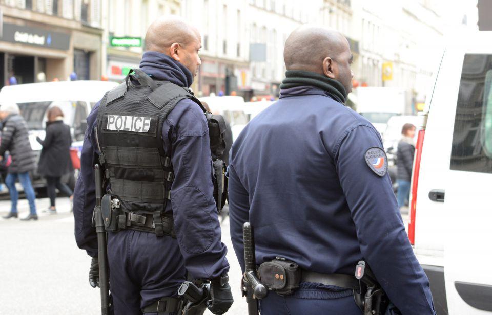 Polizisten in Paris (Archiv)