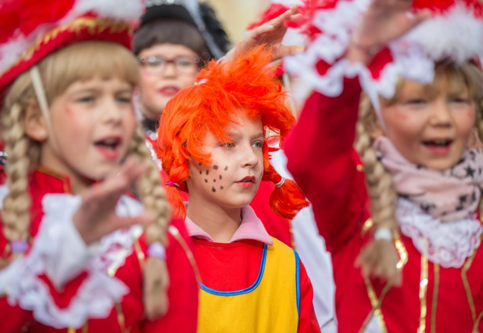 Kinder während des Karneval (Symbolbild)