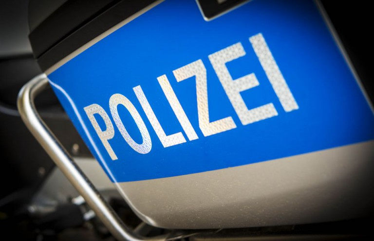 Schriftzug der Polizei