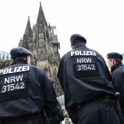 Polizei in Köln: Asylbewerber festgenommen Foto: dpa