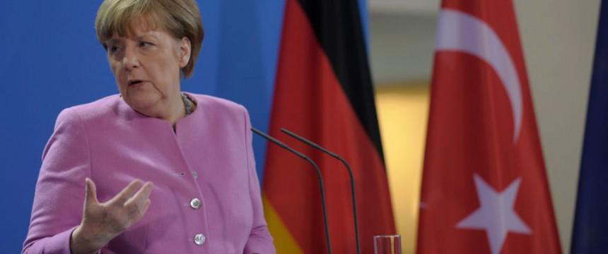 Angela Merkel in der Türkei: Irrationale Hoffnungen in Erdoğan Foto:  picture alliance / NurPhoto