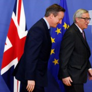 Premierminister David Cameron (links) und EU-Kommissionspräsident Jean-Claude Juncker in Brüssel Foto: picture alliance/dpa