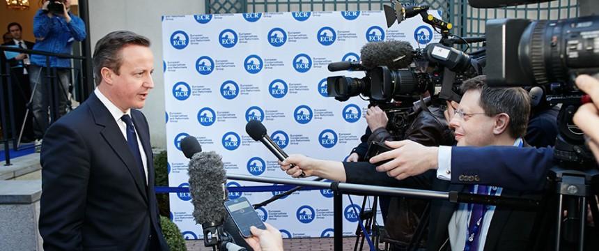 David Cameron vor einem Besuch bei der EKR-Fraktion in Brüssel (2014) Foto: Flickr/ECR mit CC2-Lizenz https://creativecommons.org/licenses/by/2.0/