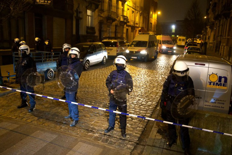 Polizisten in Brüssel nach Festnahme
