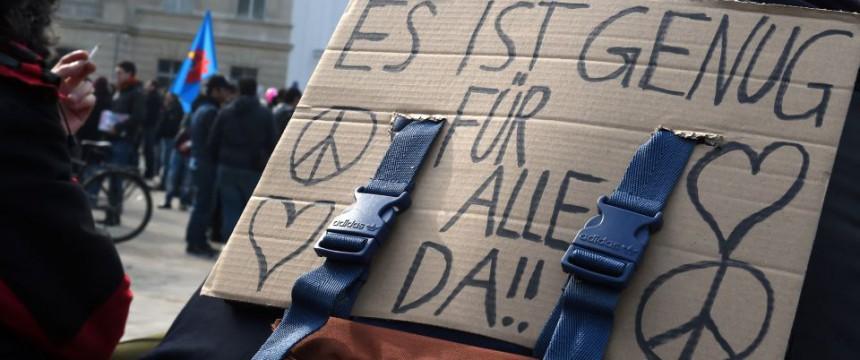 Grüne setzten Anreize für Asylbewerber Foto: picture alliance/Herbert P. Oczeret/picturedesk.com