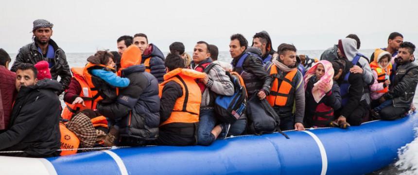 Asylsuchende landen auf Lesbos: Wie fast immer wird Deutschland zahlen Foto:  picture alliance / AA