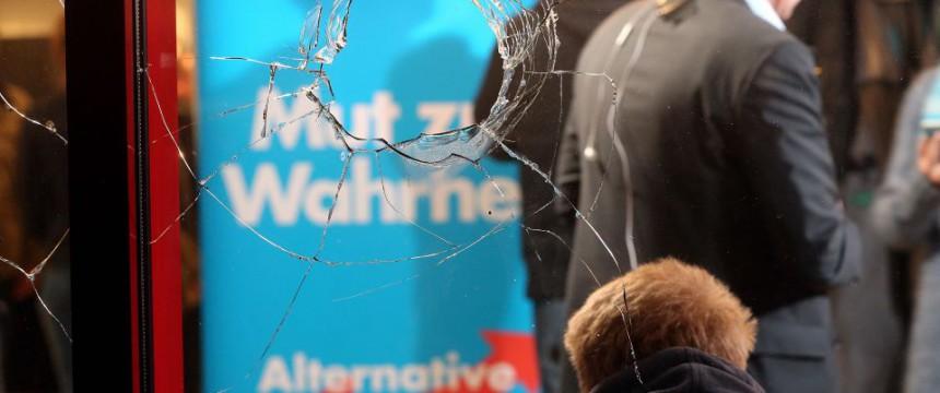 Mutmaßlich linksextremer Anschlag auf einen AfD-Veranstaltungsort in Berlin Foto: picture alliance/dpa