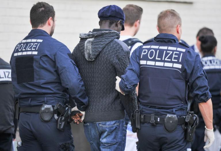 Razzia in Asylbewerberheim