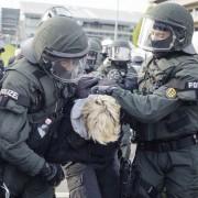 Linksextremist wird festgenommen: Krawalle Foto: dpa