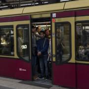 Volle S-Bahn in Berlin: Der öffentliche Nahverkehr ist in der Hauptstadt kein Vergnügen Foto: picture alliance/dpa