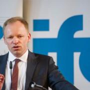 Clemens Fuest: Gegen Abschaffung von 500-Euro-Schein Foto: (c) dpa
