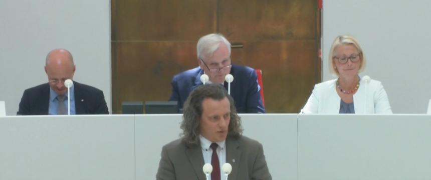 AfD-Politiker Steffen Königer im Potsdamer Landtag Foto: Youtube/AfD-Fraktion Brandenburg