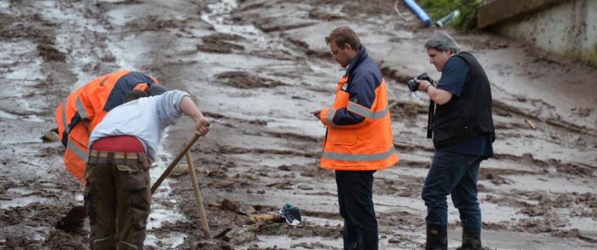 Aufräumarbeiten in Schwäbisch Gmünd nach dem Hochwasser Foto: picture alliance/dpa