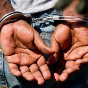 Festnahme: Beschuldigter auf frischer Tat ertappt Foto: dpa