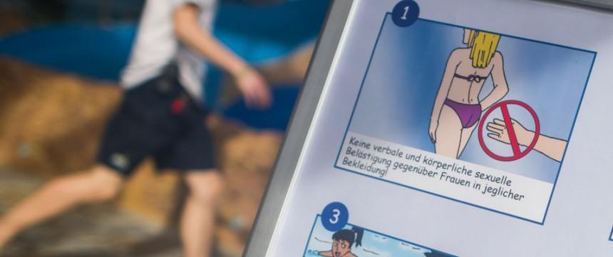 Schwimmbadregeln: Übergriffe längst die Regel Foto: dpa