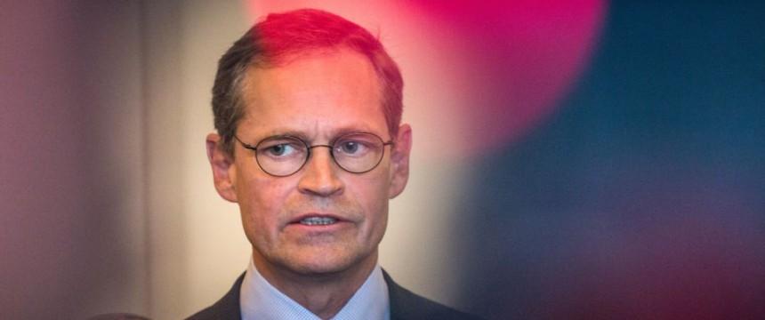 Michael Müller: Belohnt Berlins Bürgermeister Linksextremisten? Foto: dpa