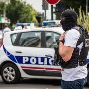 Französische Polizei (Symbolfoto): Mehrere Tote bei Geiselnahme in Kirche Foto dpa