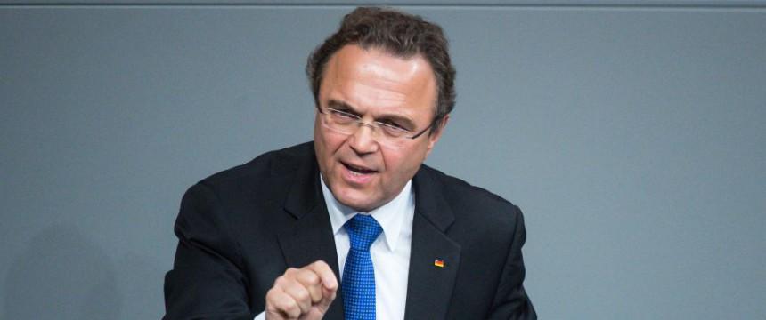 Hans-Peter Friedrich: SPringt Gabriel zur Seite Foto: picture alliance/dpa