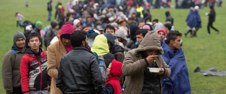 Asylbewerber in Bayern (2015): Kritik an EU-Plänen Foto:     picture alliance/dpa