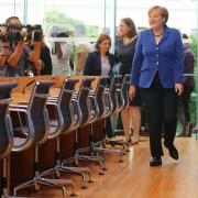 Bundeskanzlerin Angela Merkel (CDU) auf einer Bundespressekonferenz zur Terrorgefahr: Das Volk ist längst egal Foto: picture alliance / dpa