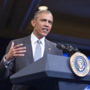 Barack Obama: Will Zahl der bewilligten Asylgesuche  aus Syrien erhöhen Foto: dpa