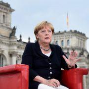 Angela Merkel: 42 Prozent der Deutschen für eine Kanzlerschaft Merkels Foto: dpa