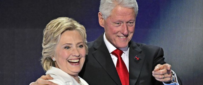 Hillary und Bill Clinton Foto: picture alliance / dpa
