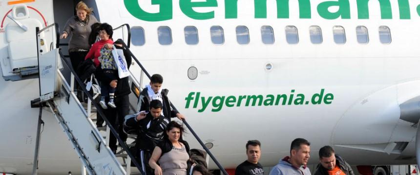 Flugtickets für Flüchtlinge – JUNGE FREIHEIT