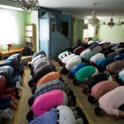 Moschee: Islamische Glaubensgemeinschaft will Flüchtlinge zu sich holen Foto: (c) dpa