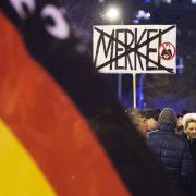 Demonstration der AfD in Erfurt gegen die Asylpolitik der Bundesregierung Foto: picture alliance/AP Photo