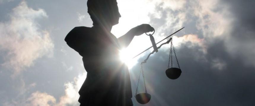 Justitia-Skulptur: Das Vertrauen in die Judikative ist erschüttert Foto: picture alliance/chromorange