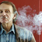 Michel Houellebecq: Er unternimmt gar nicht erst den Versuch einer Anpassung Foto: picture alliance / dpa