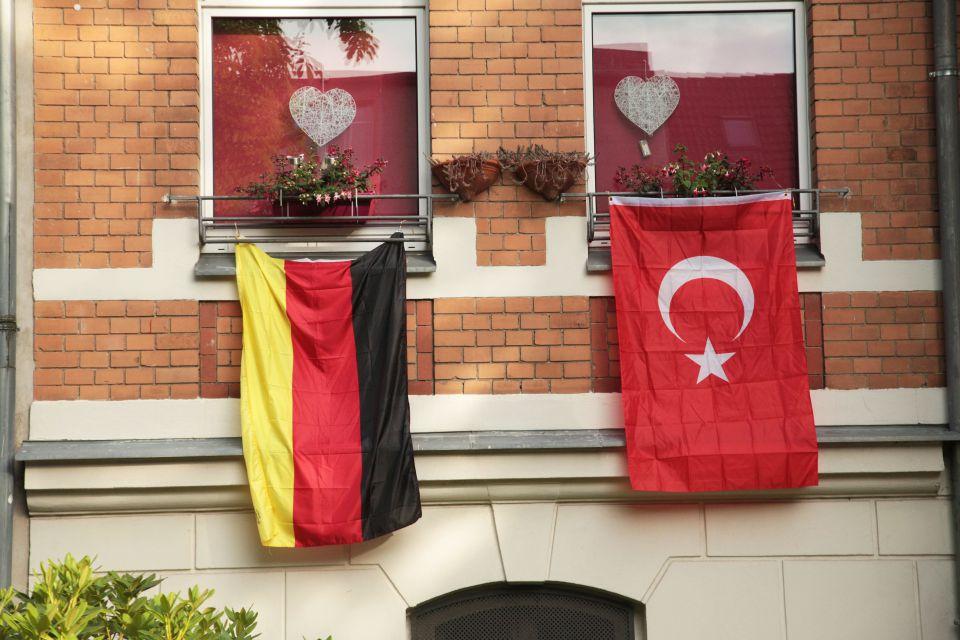 Türkischer Elternbundfunktionär