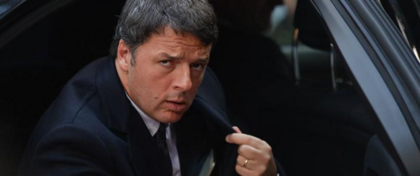 Matteo Renzi: Beim EU-Gipfel hielt er an den Haushaltsplänen Italiens fest Foto: picture alliance / dpa