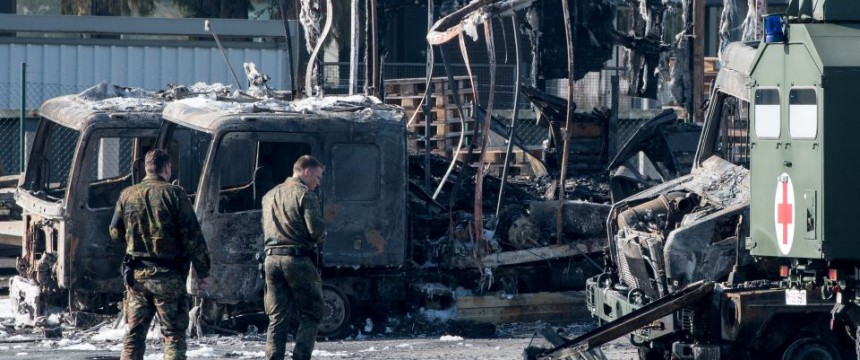 Zerstörte Bundeswehrfahrzeuge: 15 Millionen Euro Schaden Foto: dpa