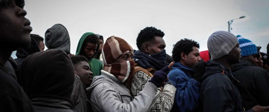 Einwanderer in Calais: Viele haben sich in Deutschland registriert Foto: dpa