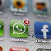 WhatsApp- und Facebook-Icon (Symbolfoto) Foto: picture alliance / HOCH ZWEI