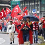 Erdogan-Großkundgebung in Köln am 31. Juli anlässlich des gescheiterten Putschversuchs in der Türkei Foto: picture alliance / Geisler-Fotopress