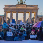 Anti-Trump-Proteste in Berlin am 11. November: Der Politischen Korrektheit droht der Super-Gau Foto: picture alliance / ZUMAPRESS.com