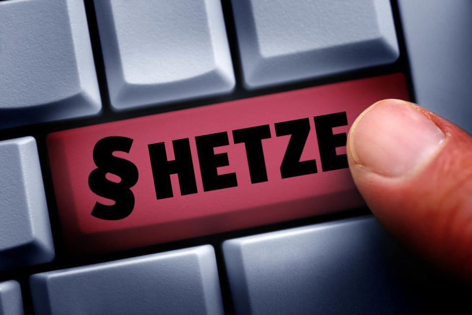 Haßkommentare im Netz (Symbolbild) Foto: picture alliance/ Bildagentur-online