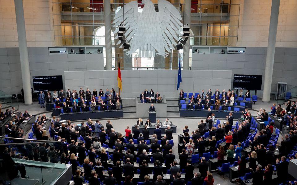 Festakt im Bundestag