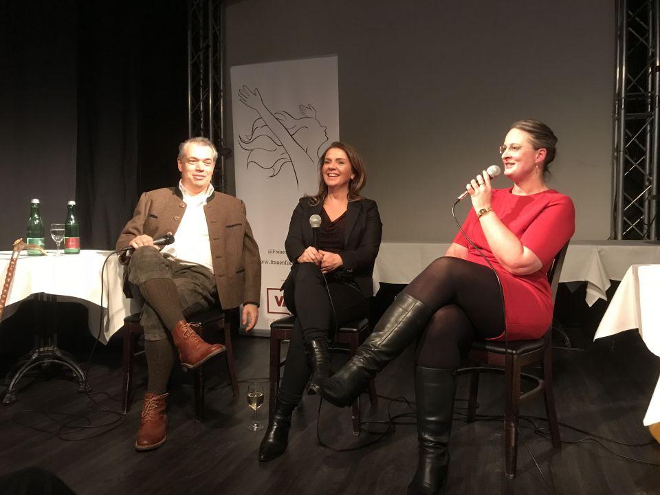Don Alphonso, Birgit Kelle und Frauen-für-Freiheit-Initiatorin Rebecca Schönenbach: Gespräche unter Erwachsenen Foto: JF/FA