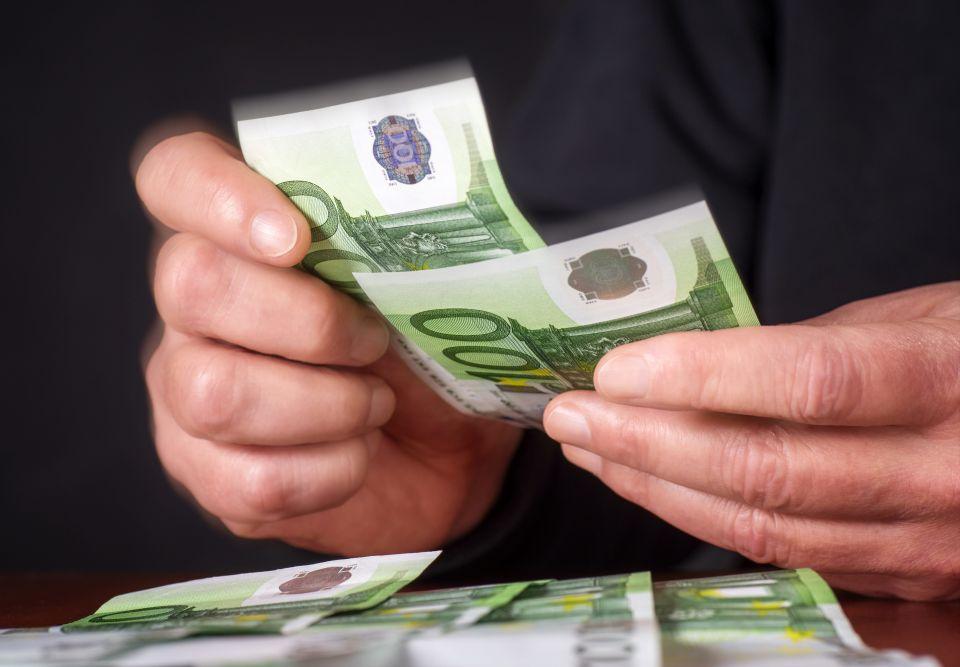 Hände und Geld