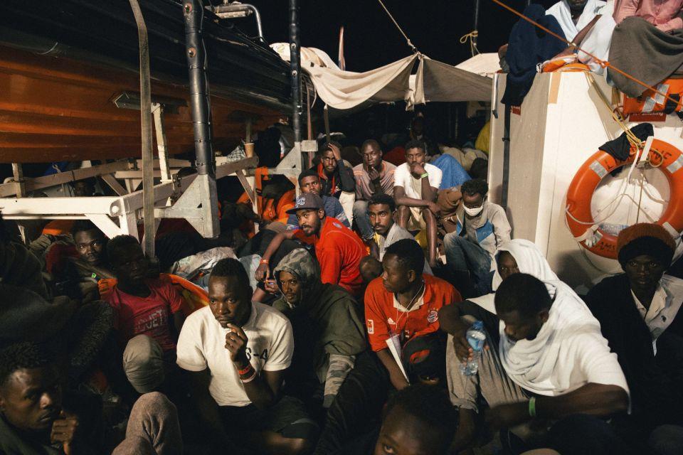 """Flüchtlinge an Bord der """"Lifeline"""""""