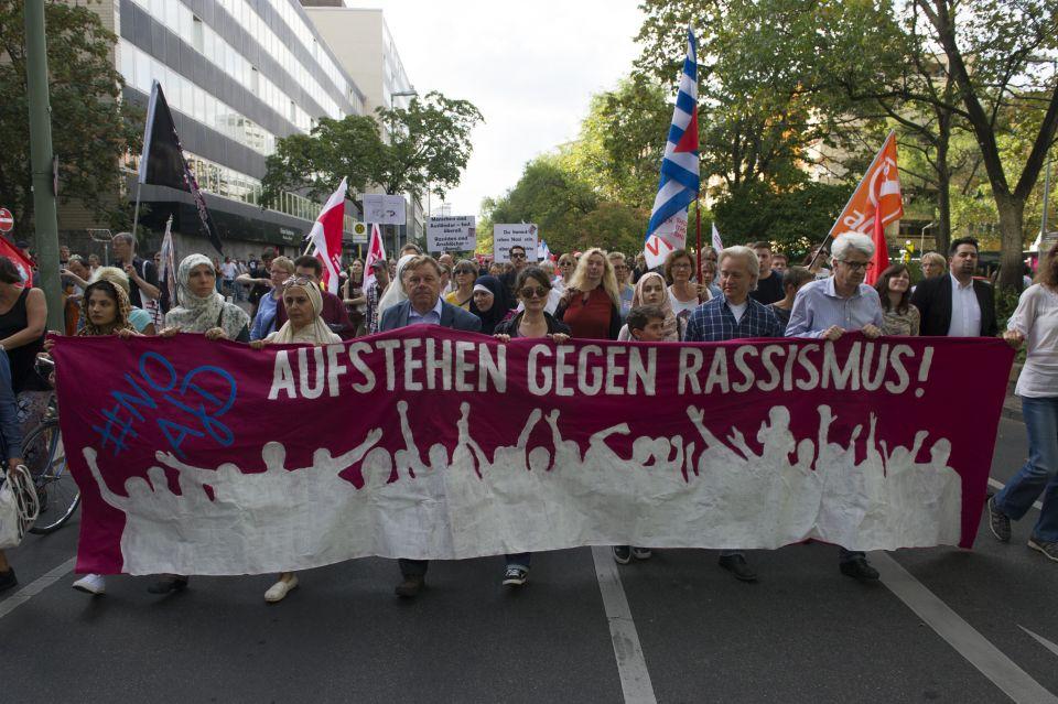 """""""Aufstehen gegen Rassismus"""""""