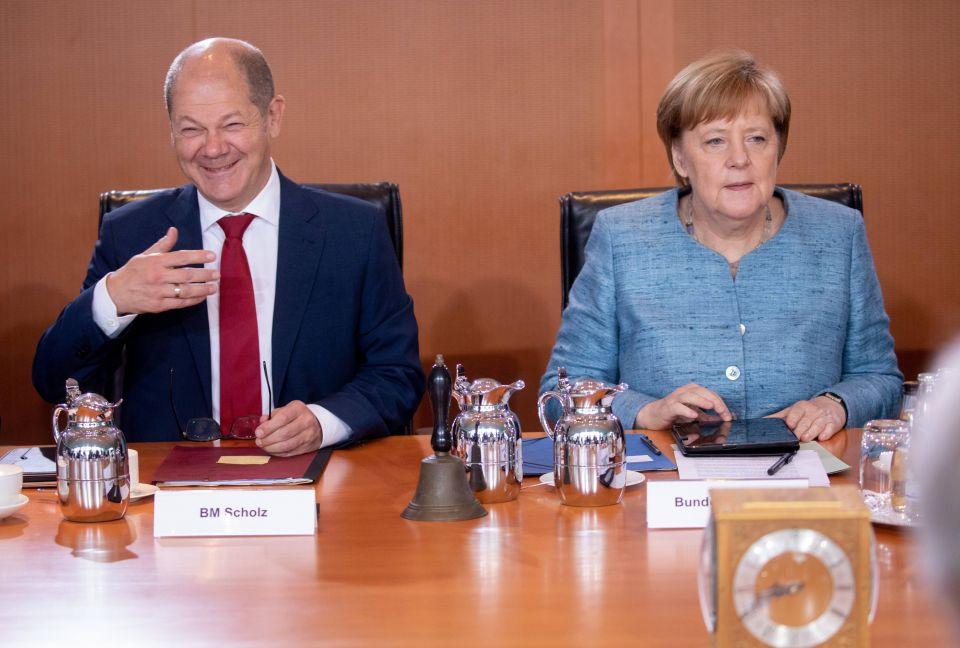 Finanzminister und Bundeskanzlerin