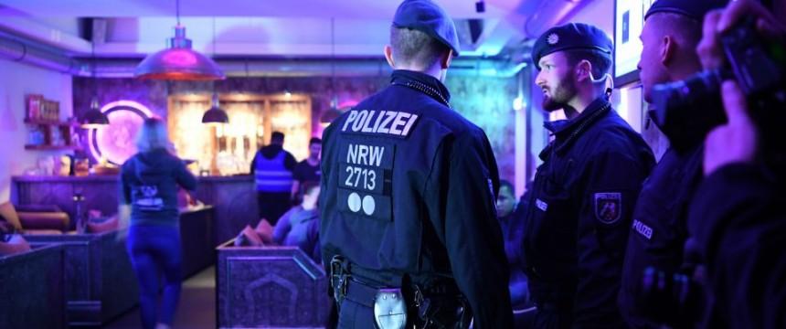 libanesen verpr geln polizistin vor shisha bar in essen junge freiheit. Black Bedroom Furniture Sets. Home Design Ideas