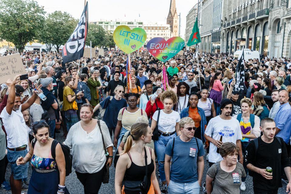 Anti-Rechts-Demonstranten in Hamburg